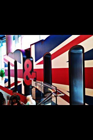M&M Store, London