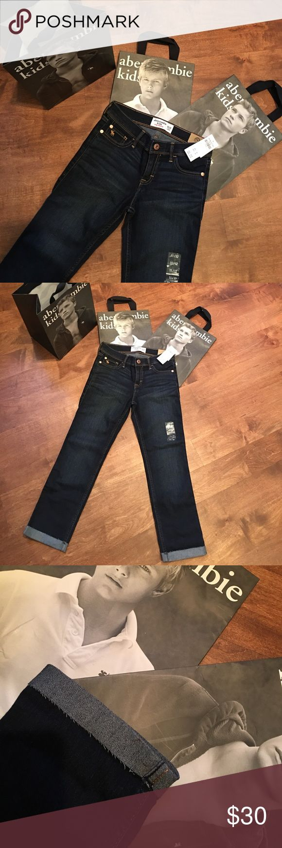 New Abercrombie kids girls crop skinny jeans 11/12 New with tag girls Abercrombie kids crop skinny jeans size 11\12 retails for 49.95 abercrombie kids Bottoms Jeans