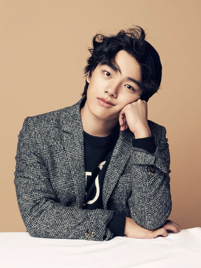 Yeo Jin Goo // Vogue Girl Magazine November Issue '13 ♡ Korean Portraiture
