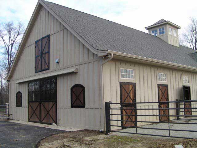 Barn colors barns stable ideas pinterest barn for Horse pole barn