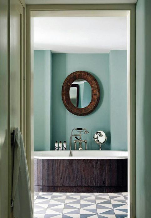 Turquoise Bathroom | Soho Beach House Miami