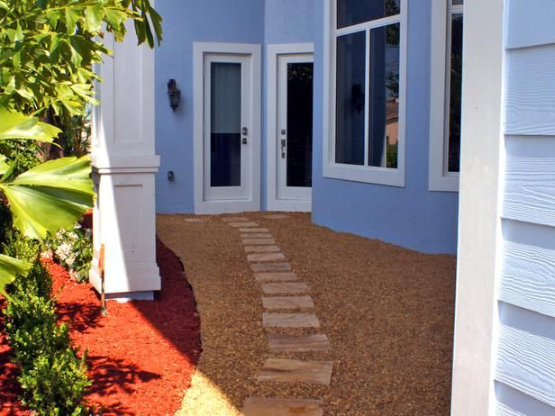 How to Build a Stone Path : Outdoors : Home & Garden Television
