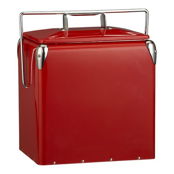 outdoor coolerRed Vintage, Red Picnics, Bottle Open, Picnics Coolers, Picnics Baskets, Vintage Picnics, Coolers Picnics, Crates And Barrels, Beach Picnics