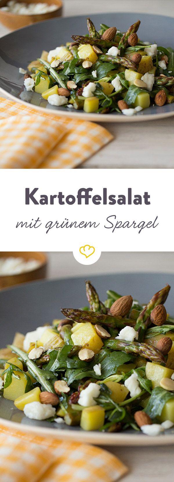 Mit knackig-grünem Spargel und würzigem Feta kombiniert wird die tolle Knolle zu einem schnellen, leichten und einfach leckeren Frühlingsgericht.