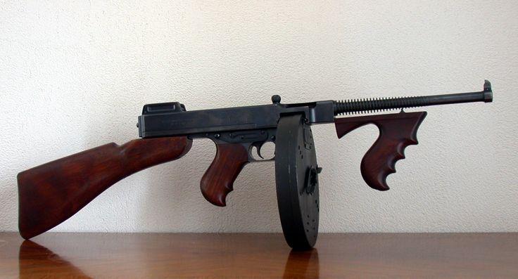 Campbell Thompson - Submachine gun - Wikipedia, the free encyclopedia
