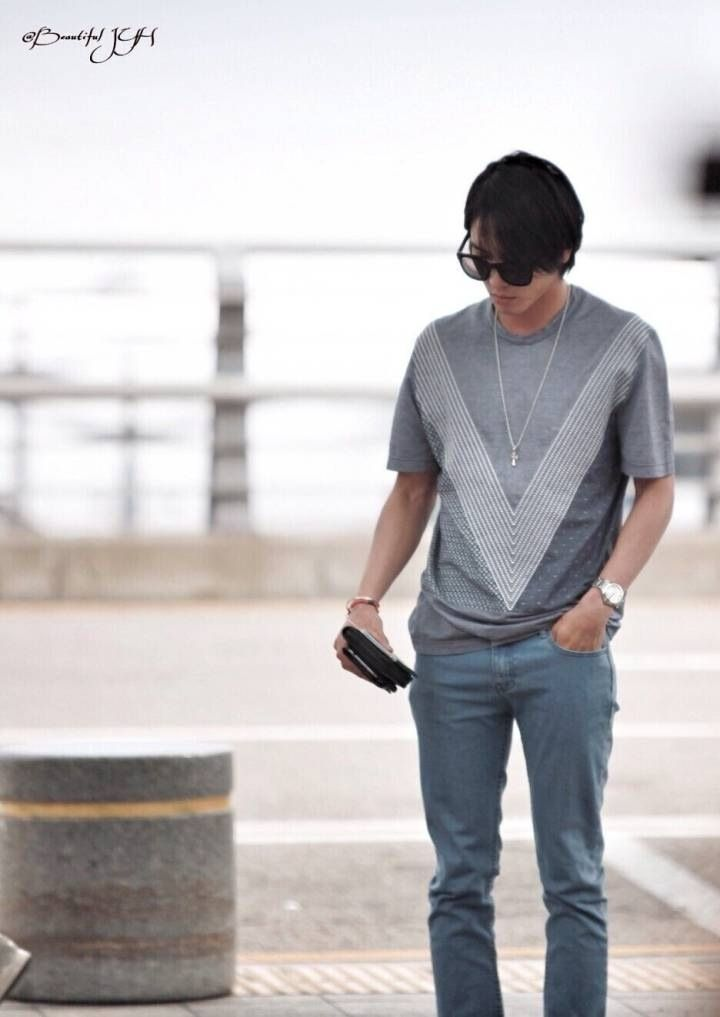 Jung Yong Hwa @ Incheon Airport  to Malaysia