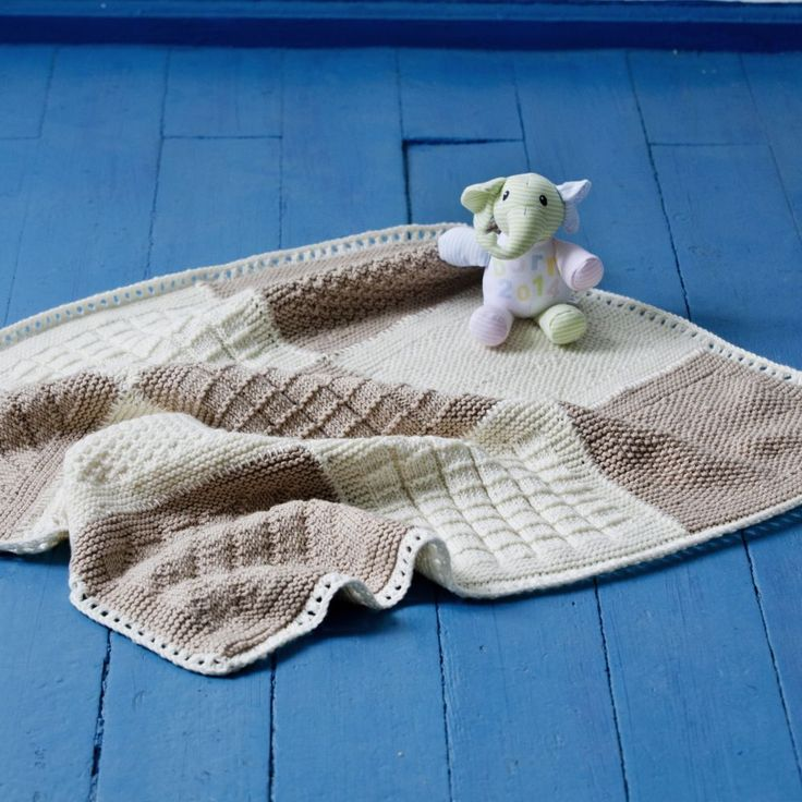 11 Best Babydecken Images On Pinterest Baby Favors Bedspreads And