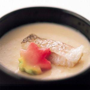 京料理の技が生きる甘鯛の繊細な味わいを。【甘鯛の茶碗蒸し 柚子あんかけ】