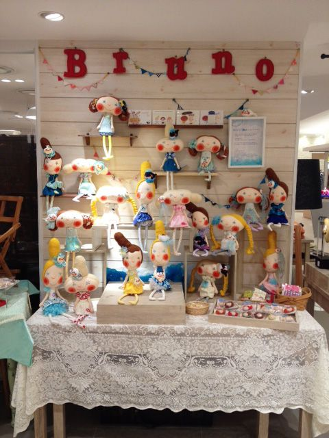 :: Doll tvorba jednotka - Bruno Bruno * Kavárna * ::. great display