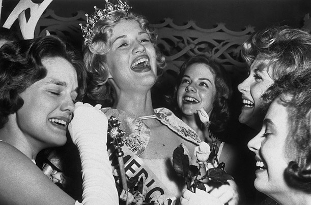 Broadcast journalist Diane Sawyer won the America's Junior Miss pageant in 1963