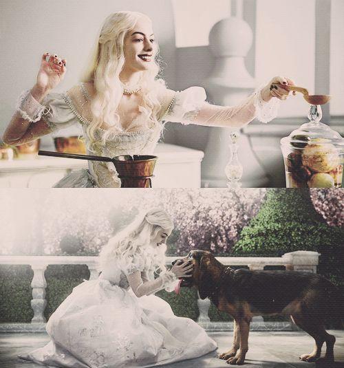 The White Queen. Alice In Wonderland. Anne Hathaway