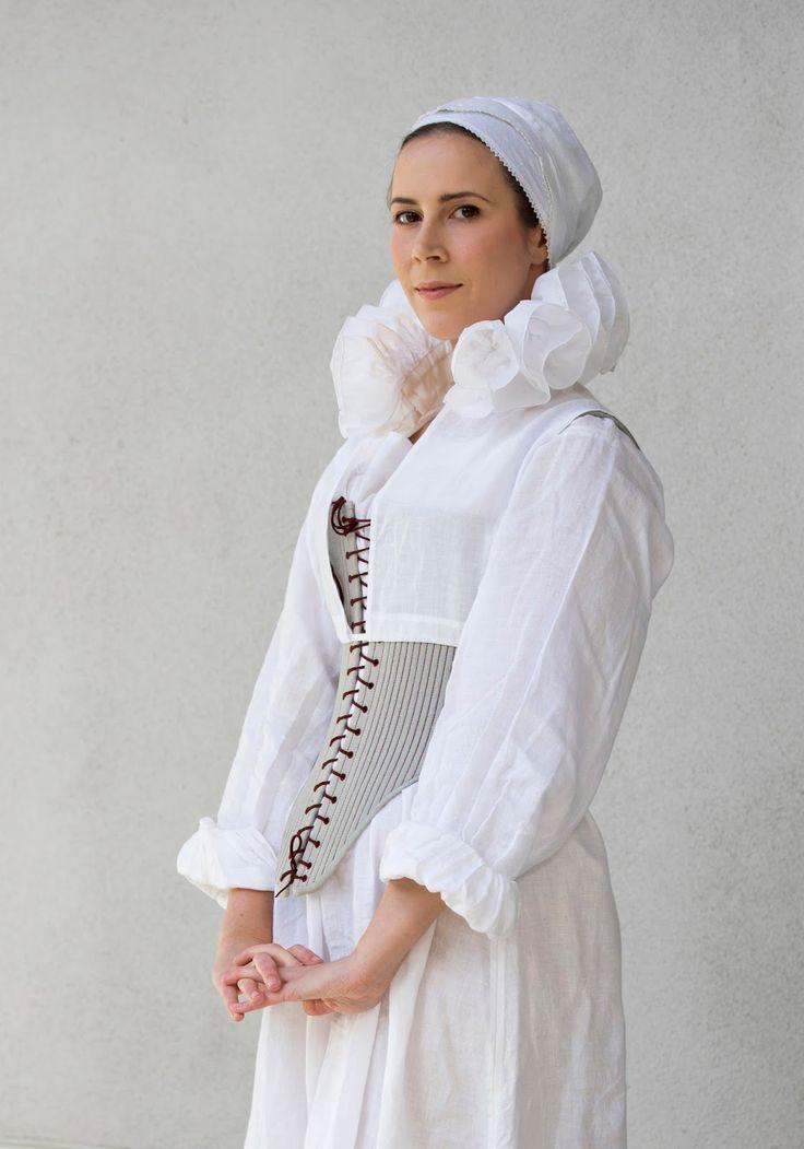 Elizabethan Underwear (corset/bodies, smock, coif, partlet & ruff)