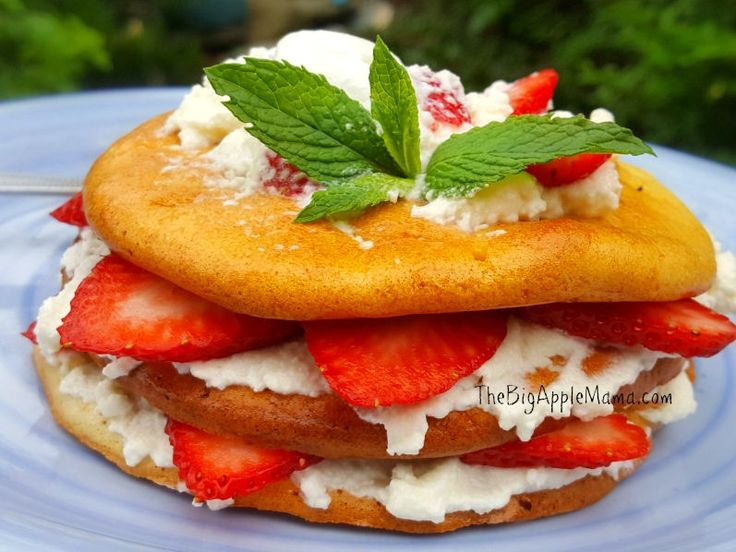 Low Carb Strawberry Shortcake Dessert made with Cloud Bread