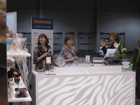 Fineline Settings - The Leader in disposable dinnerware and tableware exhibiting at the @catersource trade & 26 best Trade Shows images on Pinterest | Dinner ware Las vegas ...