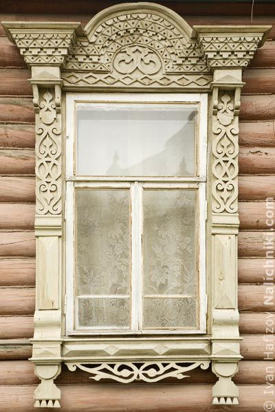 Tradition carved wooden windows (Nalichnik) from Myshkin. Резной наличник из Мышкина