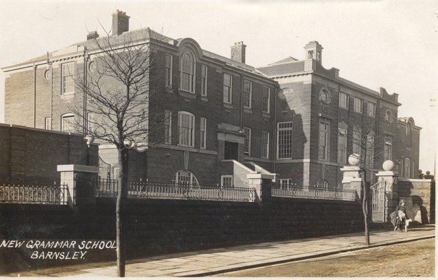 An old shot of the then \'new\' Holgate School.