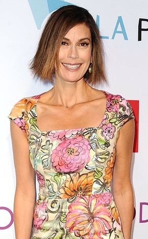 Much like her hit TV show, Teri Hatcher's long locks have come to an end!: Tv Show