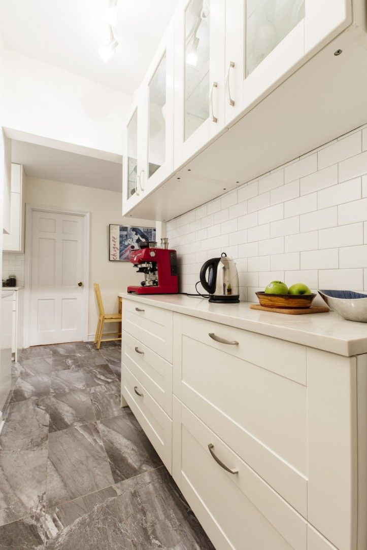 A Kitchen In Queens Maxes Out Its Footprint Diy Kitchen Remodel Kitchen Remodel Small Kitchen Remodel