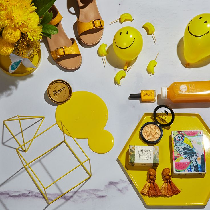We can hardly wipe the smiles off our faces with this Hellow Yellow inspired spread.  Colour is Haymes Hello Yellow Styling by LENZO + Photography by Fiona Storey