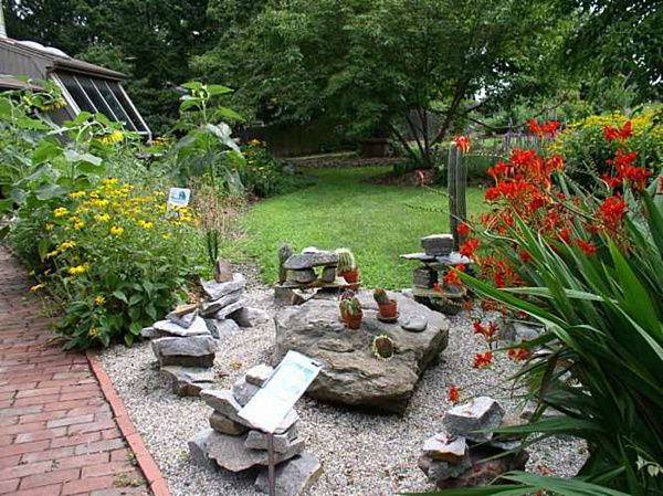 Best ROCK GARDENS Images On Pinterest Rock Garden Design - Lets rock 20 fabulous rock garden design ideas