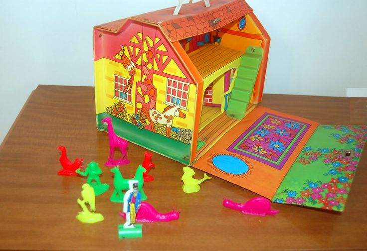Doctor Dr Dolittle Playset Doll House Vintage 1960's Plus Figs and Pop Up Book   eBay