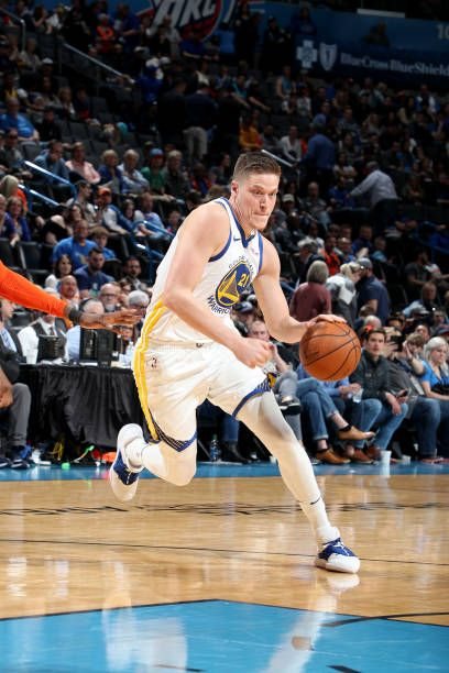 92b26ad91 Jonas Jerebko of the Golden State Warriors drives to the basket during the  game against the Oklahoma City Thunder on March 16 2019 at Chesapeake.