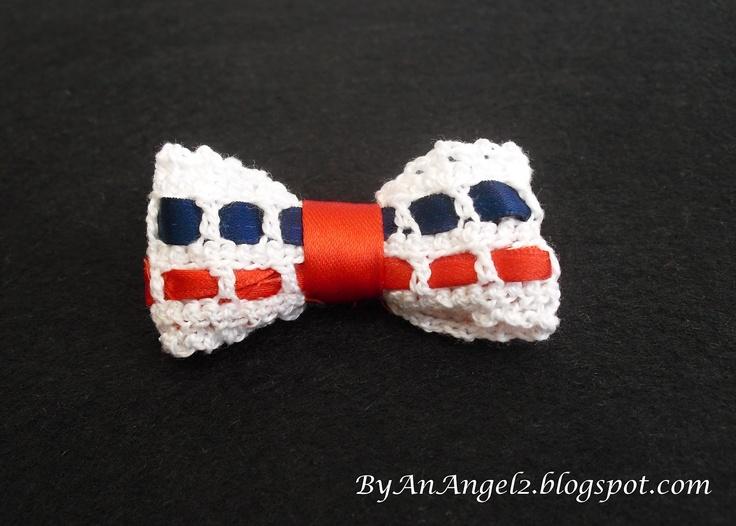 Lazo crochet para el pelo o como broche. Inspiración navy!