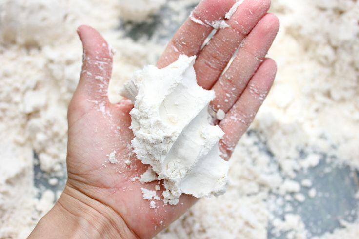 Pin Test: DIY Moon Sand | delia creates