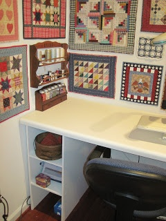 The Patriotic Quilter: My Sewing Desk