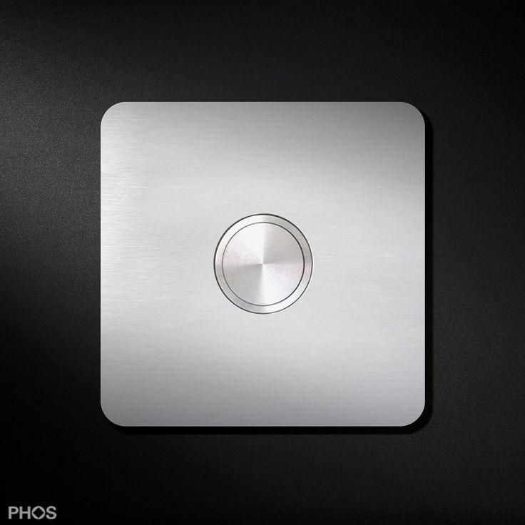 Türklingel - PHOS Design. Eine Türklingel aus Edelstahl mit passender Klingelplatte komplettiert unsere Design-Beschläge rund um den Eingang und die Haustür.