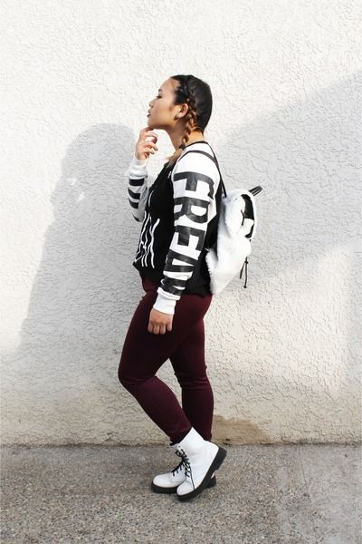 black graphic sweater Forever 21 sweater - white doc dupes Forever 21 boots
