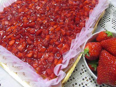 ledolciarmelline: Delizia di fragole con crema e yogurt