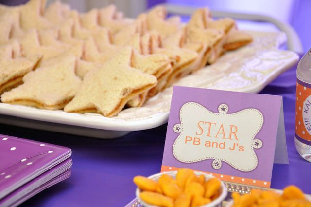 "Photo 1 of 88: Dora the Explorer / Birthday ""Dora the Explorer"" | Catch My Party Star PB food idea"