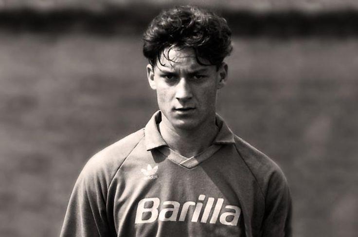 16 year-old #FrancescoTotti #AuguriCapitano #Totti38Anni