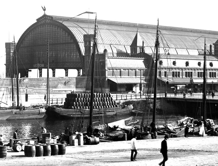 Amsterdam 1890 Centraal Station