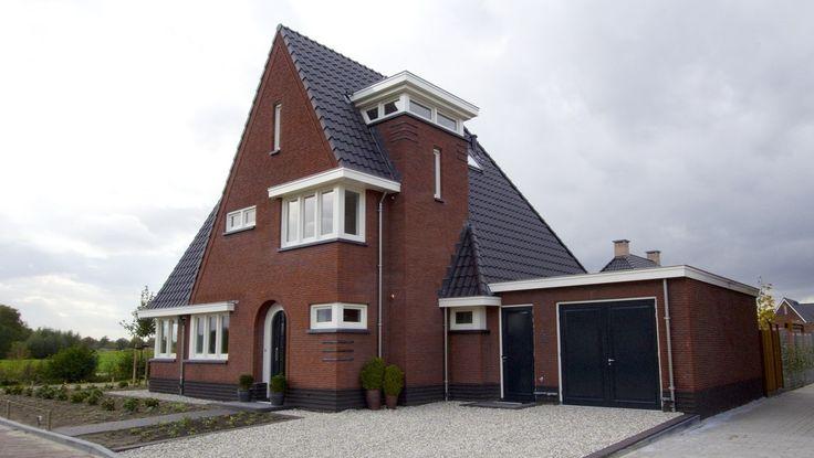 ... voorbeeld van nieuwbouw van een vrijstaande woning in #jaren30 stijl