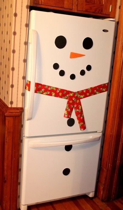 I know Christmas is still 6 months out, but this is such a cute idea for a white fridge!