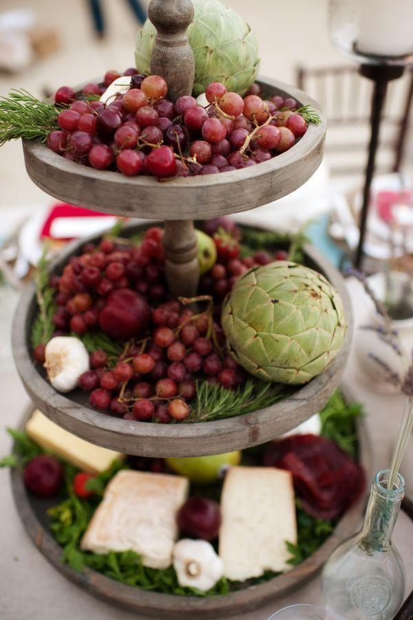 Skip Floral Centerpieces — Try Edible Arrangements! #weddings #edible #centerpieces