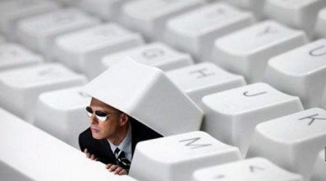 FBI anunta o propunere controversata prin care sa cotroleze Microsoft, Facebook, Yahoo si Google
