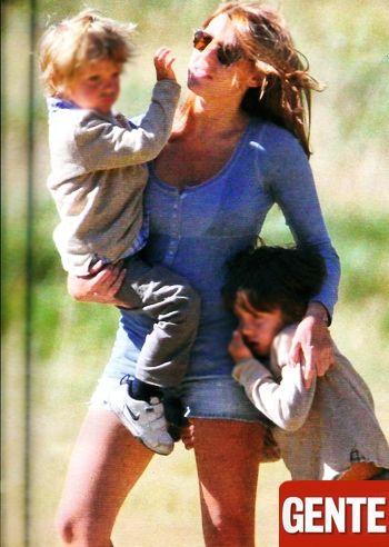 Barbara Berlusconi in montagna con i figli ma senza Pato: le foto - Foto e Gossip by Gossip News