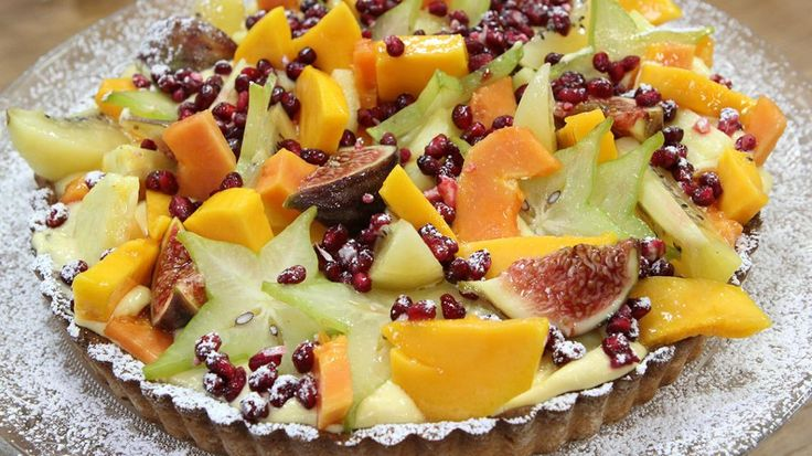 Taart met zanddeeg, passievruchtencrème en exotisch fruit | VTM Koken
