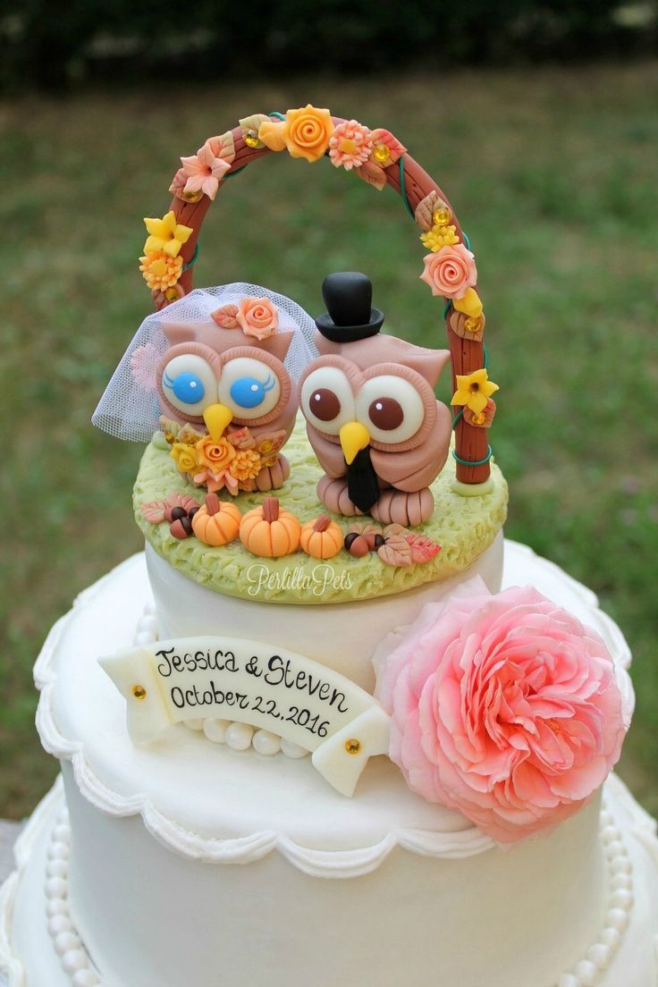 Owl cake topper with floral arch and grass base for a fall wedding https://www.etsy.com/listing/226570060/custom-wedding-cake-topper-owl