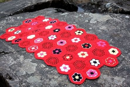༺༺༺♥Elles♥Heart♥Loves♥༺༺༺ .........♥Crochet Hexagons♥......... #Crochet #Chart #Hexagon #Geometric #Design #Motif #Octagon #Pattern #Tutorial ~ ♥Recipe for plaid with African flower