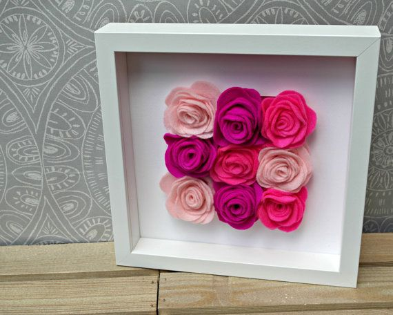 Felt rose filled frame. Blue and grey roses. Handmade felt flowers. 3D artwork. Box frame. Wall art. Flower decor. Textured artwork  This 10 box frame holds 9 large (approx 2 each) handmade felt roses in shades of blue and grey.  Creating an unusual 3D artwork piece. As there is no glass front it makes a beautifully textured and a wonderfully bright piece of artwork for the wall. These can be made in other colours too, please message me to discuss.  -------------------------------- Dispatch…