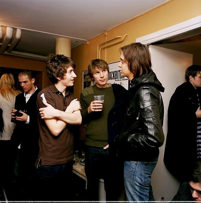 Alex Turner (Arctic Monkeys), Alex Kapranos (Franz Ferdinand) and Julian Casablancas (Strokes).