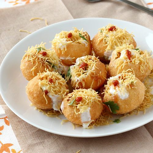 Tongue Tickling Dahi Batata Puri Chaat - Popular Indian Style Chaat Snack - Step by Step Photo Recipe of this Delicious Street Food (Fast Food)