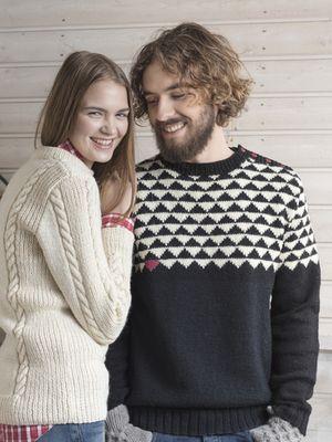 Flerfärgsstickad tröja från Novita