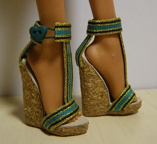 diy barbie wedges!!! AHHHHH :D !!!