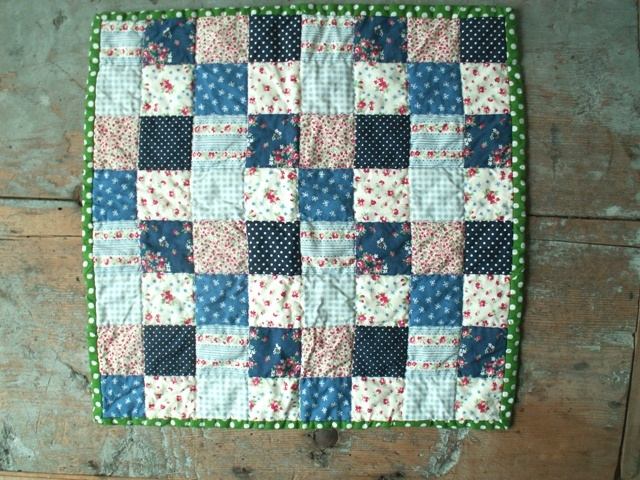 12 Little Quilt of Love #22 by Alphenquilts, via Flickr