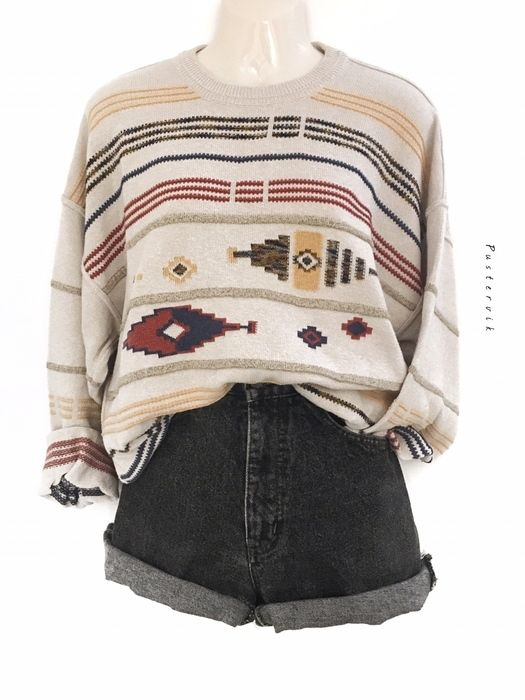 My True Vintage Hipster Sweater Pattern Sweater Oversize Unisex Urban Style by true vintage! Size Uni for 37,00 €. Take a look at it: www.kleider …